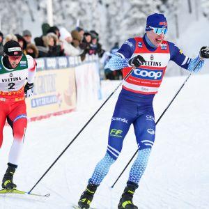 Norjan Emil Iversen ja Iivo Niskanen Rukan maailmancupissa viime joulukuussa.