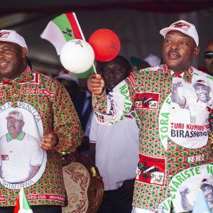 Kuvassa kampanjoidaan Burundissa.