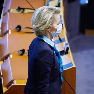 Ursula von der Leyen osallistui Euroopan parlamentin kokoukseen Brysselissä 13. toukokuuta.