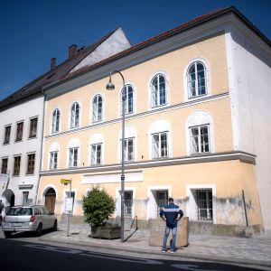 Hitlerin synnyinkoti Itävallan Braunau am Innissä.