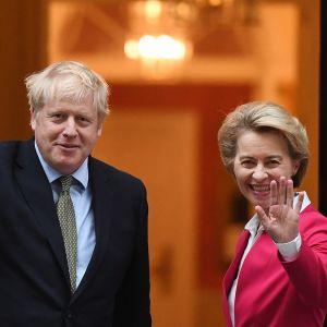 Britannian pääministeri Boris Johnson vastaanotti EU:n komission puheenjohtajan Ursula von der Leyenin.