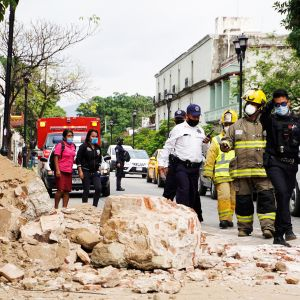 Kuvassa on maanjäristystuhoja Meksikossa.