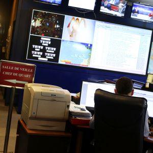 Ranskan ulkoisen tiedustelupalvelun tilannehuone Pariisissa.