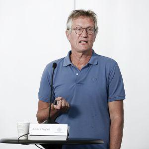 Kuvassa on Anders Tegnell.