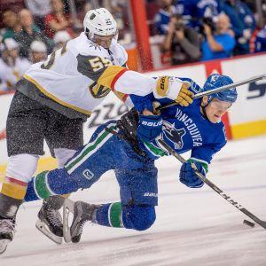 Golden Knights Keegan Kolesar, Vancouver Canucks Olli Juolevi