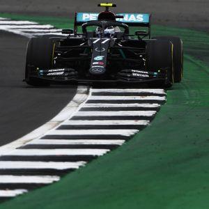 Valtteri Bottas ajaa Mercedestä.