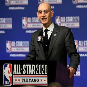 Adam Silver tähdistöottelussa Chicagossa 2020.