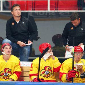 Jokerien KHL-kausi alkoi teknisellä tappiolla, kun joukkue ei matkustanut Dinamo Minskin vieraaksi.