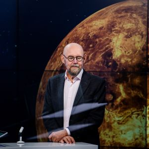 Esko Valtaoja vieraili Ylen klo 20.30 -uutislähetyksessä maanantaina.