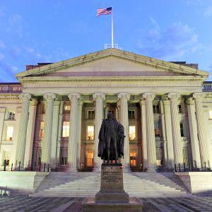 Yhdysvaltain valtiovarainministeriön rakennus Washingtonissa.