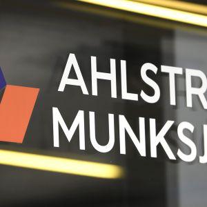 Kuitupohjaisia materiaaleja valmistavan Ahlstrom-Munksjön pääkonttori Helsingissä 15. toukokuuta 2020.