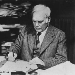Kirjailija Volter Kilpi.