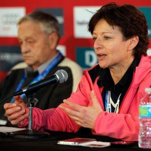 """Sarah Lewisin pitkä ura Kansainvälisessä hiihtoliitossa päättyi perjantaina """"täydelliseen luottamuspulaan""""."""