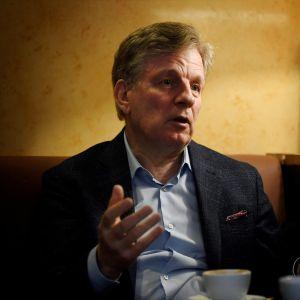 Entinen pääministeri Esko Aho 14. lokakuuta 2020 Helsingissä.