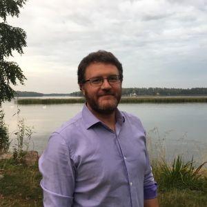 Espoolainen Fabrizio Trotti on yksi Vuoden isä 2020 -palkinnon saajista.