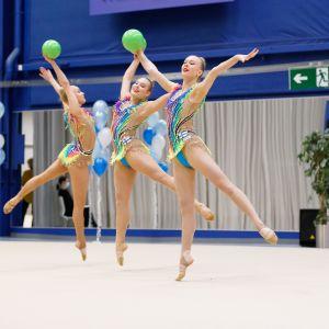 Rytmisen voimistelun maajoukkue SM-kisoissa 2020