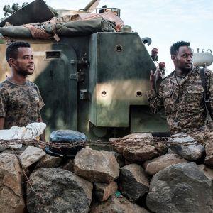Etiopialaisia sotilaita tukikohdassa Danshassa.