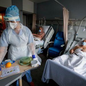 Sairaala, potilaita