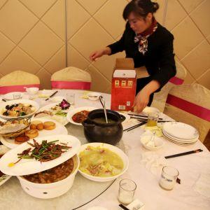 Ruokahävikkiä kiinalaisessa ravintolassa.