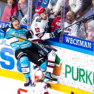 Antti Tyrvainen, taklaus