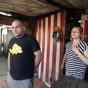 Alejandro Apkarian ja Elisabet Amarilla