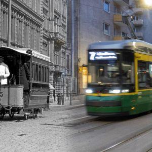 Vasemmalla puolella vanha hevosvetoinen raitiovaunu, oikealla puolella nykyaikainen raitiovaunu.