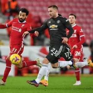 Mohamed Salah ja Luke Shaw