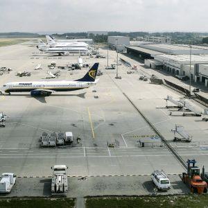 Frankfurt/Hahn lentokenttä Saksassa.