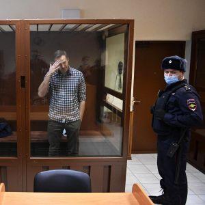 Aleksei Navalnyi oikeudessa Moskovassa.