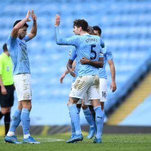 Ruben Dias ja John Stones Manchester City