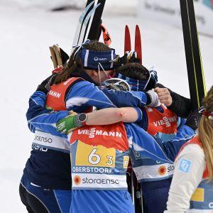Johanna Matintalo, Riitta-Liisa Roponen ja Krista Pärmäkoski