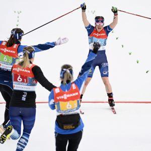 Johanna Matintalo, Jasmi Joensuu, Riitta-Liisa Roponen ja Krista Pärmäkoski