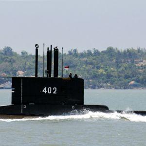 Päiväämätön handout kuva Indonesia merivoimilta KRI Nanggala-402 sukellusveneestä.