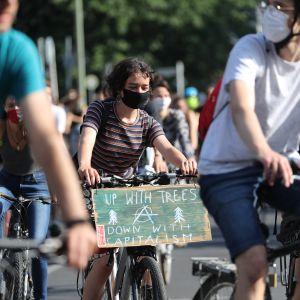 Ilmastomyönteinen mielenosoitus Berliinissä.