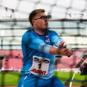Moukarinheittäjä Aaron Kangas on tilastojen valossa Suomen potentiaalisin mitaliehdokas Tokion olympialaisissa. Viime kaudella hänen viiden parhaan kilpailunsa keskiarvo oli 77,53. Vuosina 2012–2019 olympia- ja MM-finaaleissa pronssimitali on irronnut kerran 77-alkuisella, neljästi 78- ja kerran 79-alkuisella tuloksella.
