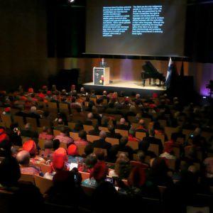 Tasavallan presidentti Sauli Niinistä puhuu saamelaiskäräjien avajaisissa ja saamelaiskulttuurikeskus Sajoksen vihkitilaisuudessa.