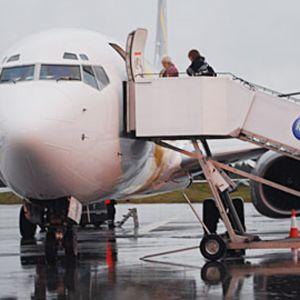 Primera Air -yhtiön tilauskone Kruunupyyssä.