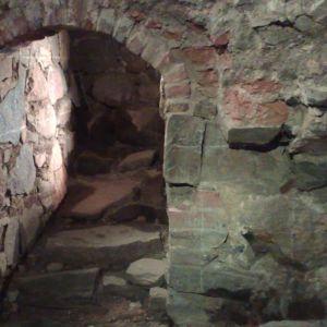 Keskiaikainen raunio Aboa Vetus & Ars Nova -museossa Turussa.