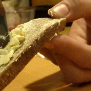 Voideltu leipä
