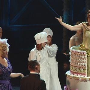 Laulavat sadepisarat musikaali nähdään Turun kaupunginteatterissa.