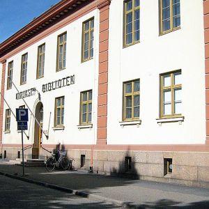 Palosaaren kirjasto Vaasassa
