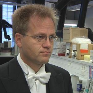 Professori Mika Sillanpää.