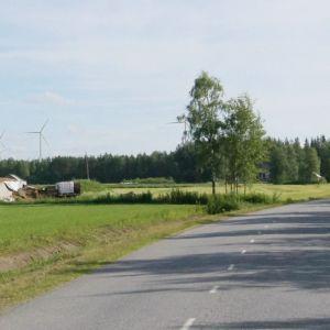 Kuvassa havainnekuva Kannuksen Kuuronkallioon suunnitellusta tuulivoimapuistosta