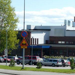 Ammattikorkeakoulun kampusta Kokkolan Talonpojankadulla.