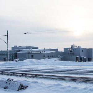 Talvivaara kaivoksen valmis uraanierotuslaitos tammikuussa 2013