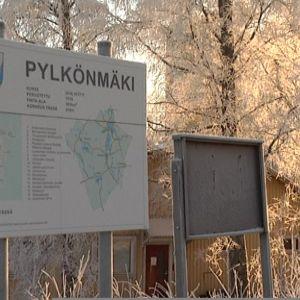 Pylkönmäen opastekartta tammikuussa 2014.