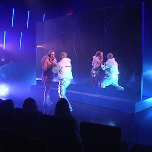 Kuvassa kohtaus musiikkinäytelmästä Lumikuningatar