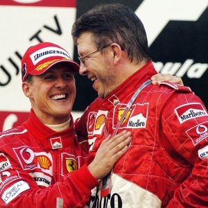 Michael Schumacher ja Ross Brawn.