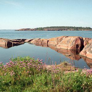 Merimaisemaa Lökskärissä Ahvenanmaalla.