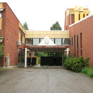 Lapin Yliopiston rakennus Siljotiellä